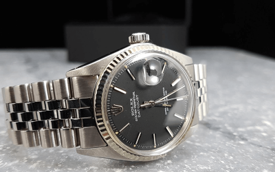 -Horloge met plexiglas.